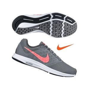 NEW Nike Women's Downshifter 7 Running Shoes